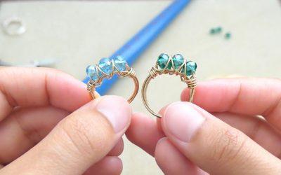 Bague de métal avec cristal Ori